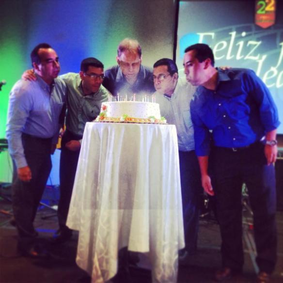 22 aniversari pastel pastores